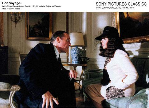 Isabelle Adjani and Gérard Depardieu in Bon voyage (2003)
