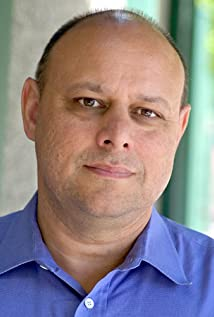 Aktori Jeff Atik