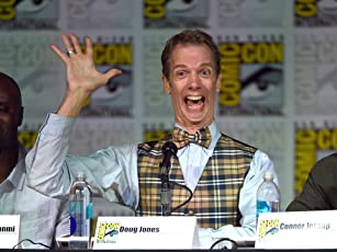 Doug Jones at Falling Skies (2011)