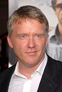 Anthony Michael Hall New Picture - Celebrity Forum, News, Rumors, Gossip