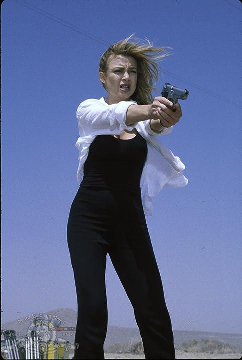 Kylie Travis in Retroactive (1997)