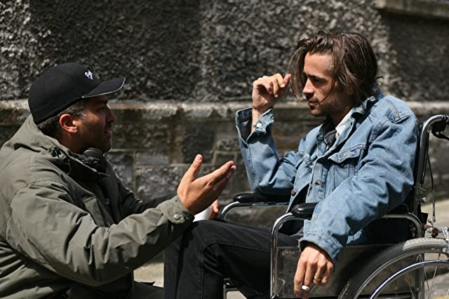 Colin Farrell and Danis Tanovic in Triage (2009)