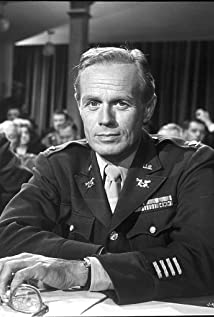 Richard Widmark Picture