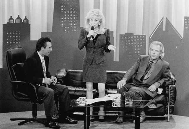 Dolly Parton, Spalding Gray, and Jay Thomas in Straight Talk (1992)