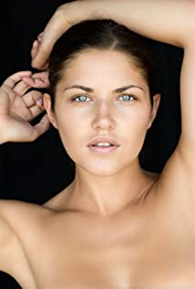 Marika Dominczyk Picture
