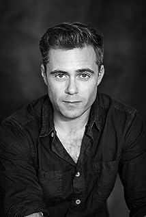 Aktori Rory Keenan