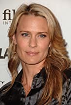 Robin Wright's primary photo