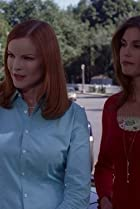 Image of Desperate Housewives: The Sun Won't Set