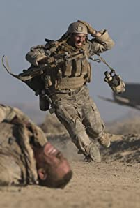 An American sharpshooter is trapped in a standoff with an Iraqi sniper.