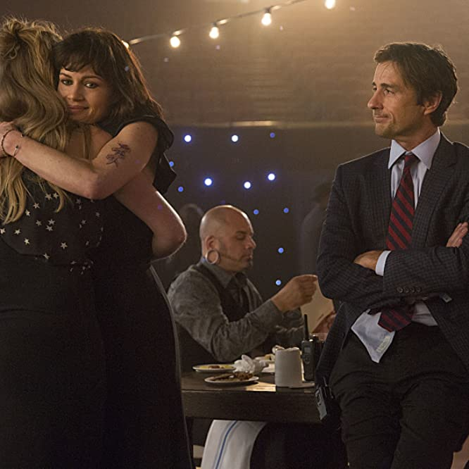 Carla Gugino, Luke Wilson, Imogen Poots, and M@tch in Roadies (2016)