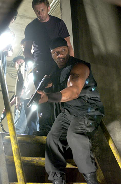 Ving Rhames, Boyd Banks, and Jake Weber in Dawn of the Dead (2004)