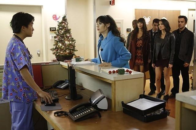 Zooey Deschanel, Max Greenfield, Olivia Munn, Hannah Simone, Lamorne Morris, and Jake Johnson in New Girl (2011)