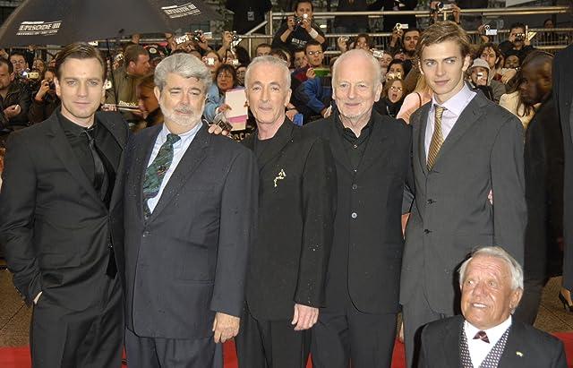 George Lucas, Ewan McGregor, Anthony Daniels, Ian McDiarmid, Kenny Baker, and Hayden Christensen