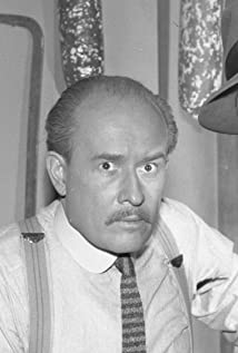 George Voskovec Picture