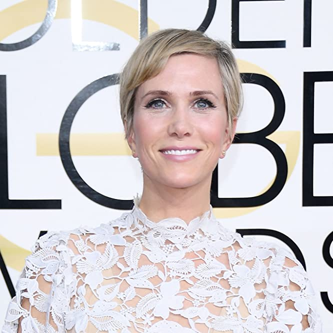Kristen Wiig at an event for The 74th Golden Globe Awards (2017)