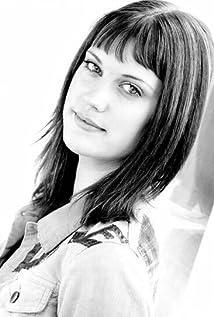 Lauren Lee Smith Picture