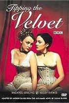 Image of Tipping the Velvet