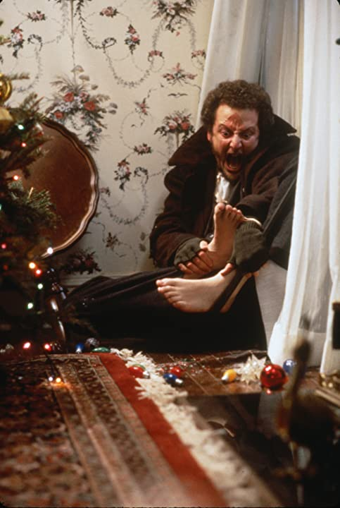 Daniel Stern in Home Alone (1990)