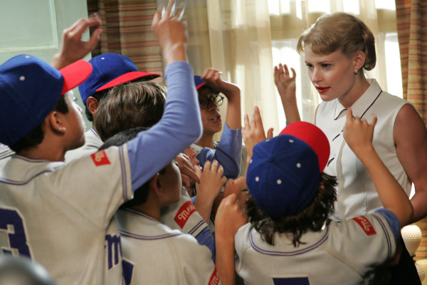 Emilie de Ravin in The Perfect Game (2009)