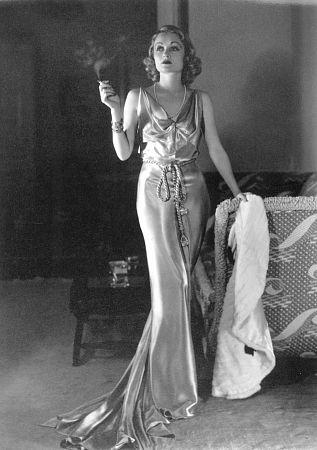 Constance Bennett, 1933.