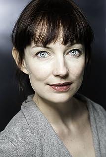 Aktori Nicola Harrison