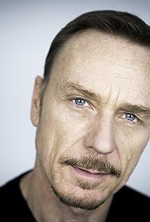 Aktori Ben Daniels