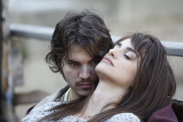 Penélope Cruz and Emile Hirsch in Twice Born (2012)