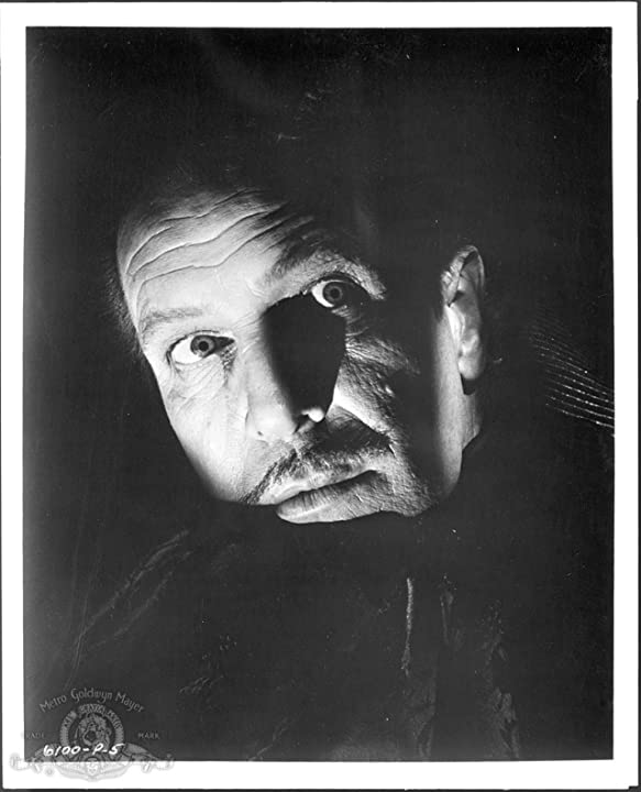 Vincent Price in Pit and the Pendulum (1961)