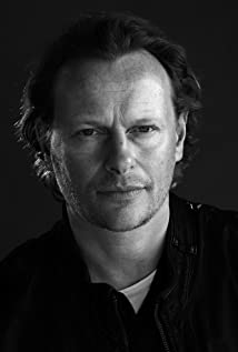Neil Stuke Picture
