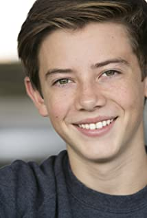 Griffin Gluck Picture