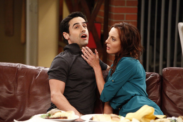 Eva Amurri Martino and Jesse Bradford in Guys with Kids (2012)