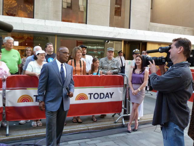 Kira Lorsch with Al Roker on Today Show for California Science Center