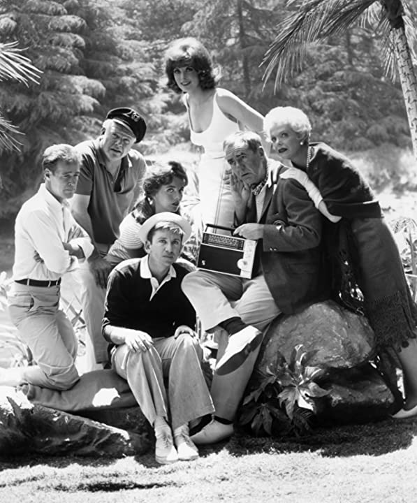 Jim Backus, Bob Denver, Alan Hale Jr., Tina Louise, Russell Johnson, Natalie Schafer, and Dawn Wells in Gilligan's Island (1964)