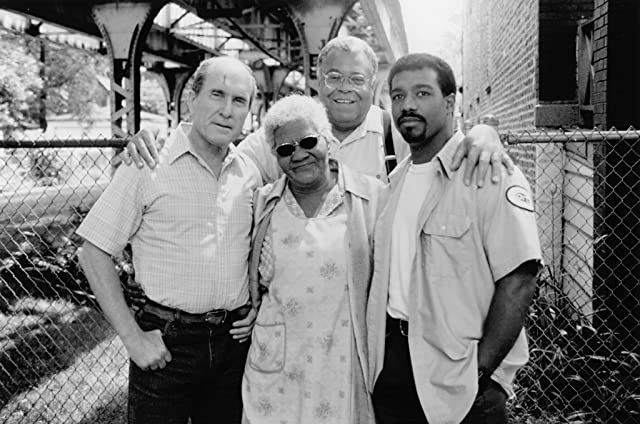 Robert Duvall, James Earl Jones, Michael Beach, and Irma P. Hall in A Family Thing (1996)