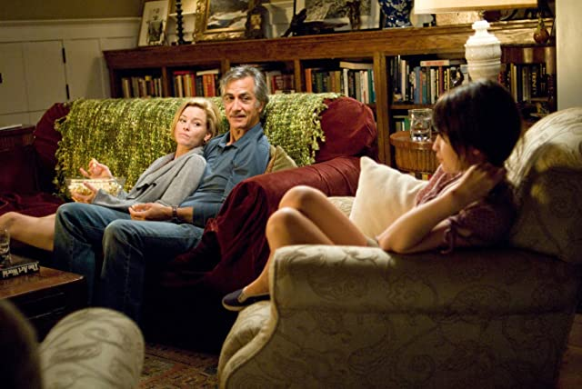 David Strathairn, Elizabeth Banks, and Emily Browning in The Uninvited (2009)