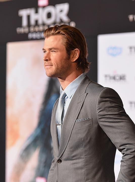 Chris Hemsworth at Thor: The Dark World (2013)