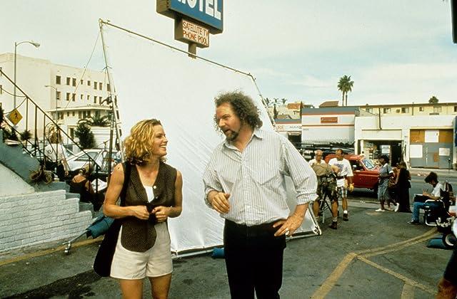 Elisabeth Shue and Mike Figgis in Leaving Las Vegas (1995)