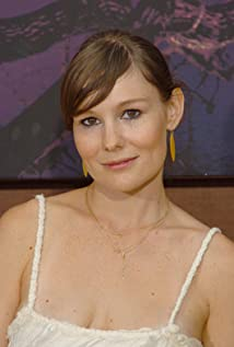 Aktori Liz Stauber