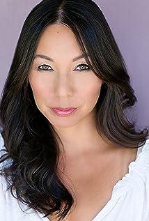 Elaine Mani Lee Picture