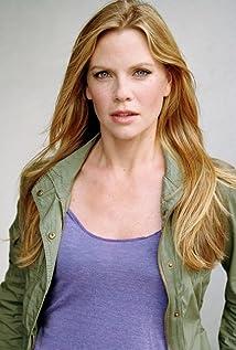 Aktori Sarah Jane Morris