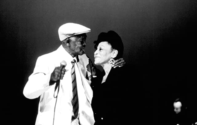 Ibrahim Ferrer and Omara Portuondo in Buena Vista Social Club (1999)