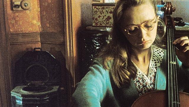 Marie-Laure Dougnac in Delicatessen (1991)