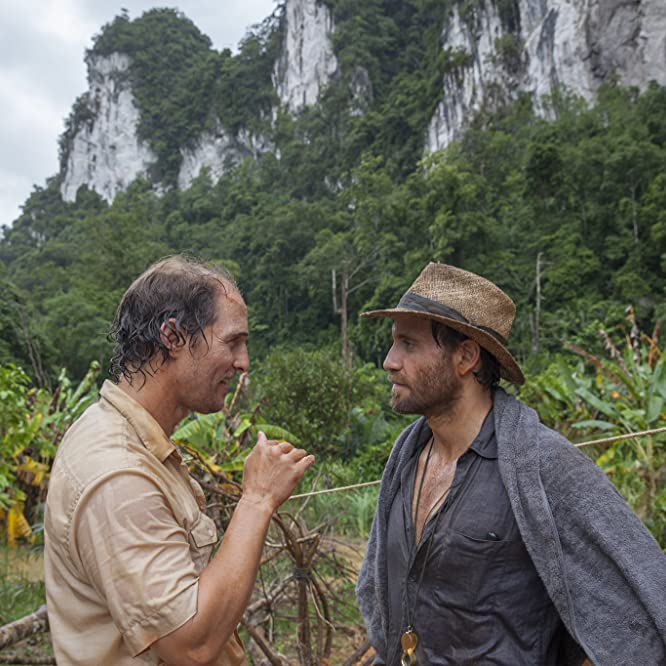 Matthew McConaughey and Edgar Ramírez in Gold (2016)