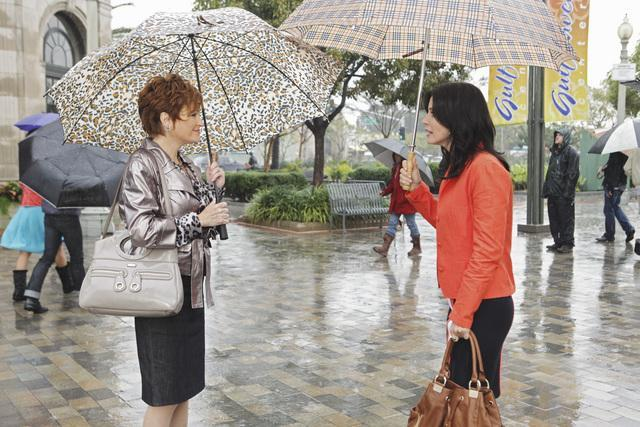 Courteney Cox and Carolyn Hennesy in Cougar Town: What Are You Doin' in My Life? (2010)