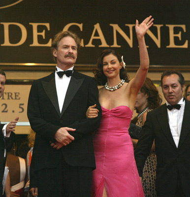 Ashley Judd and Kevin Kline at an event for De-Lovely (2004)
