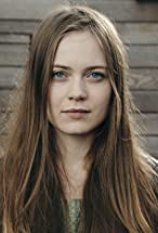 Hera Hilmar's primary photo