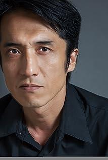 Masayuki Yonezawa Picture