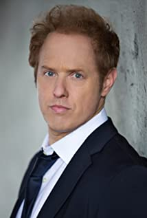 Raphael Sbarge Picture