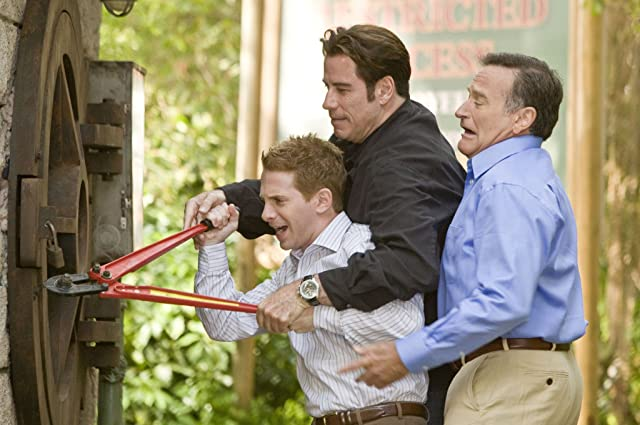 John Travolta, Robin Williams, and Seth Green in Old Dogs (2009)