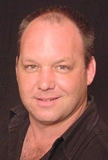 Aktori Dane Rhodes